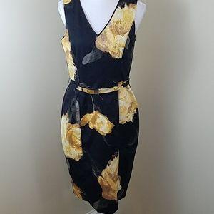White House Black Market Sz 4 Floral Sheath Dress